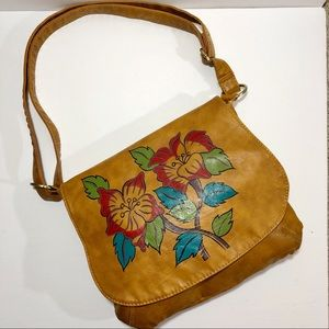 CHARLOTTE RUSSE | Boho Brown Graphic Flower Purse